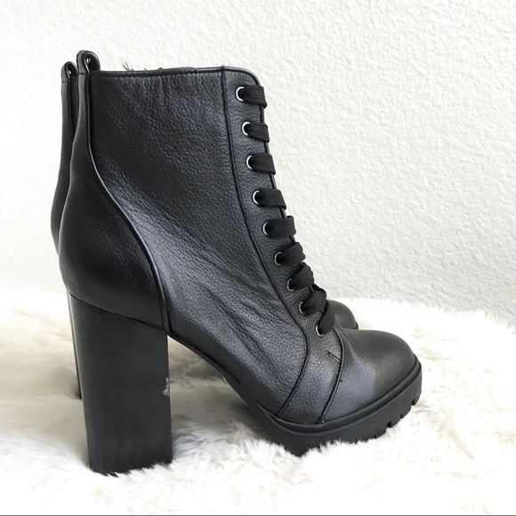 323ae394444 Steve Madden Laurie Lace-Up Boots •